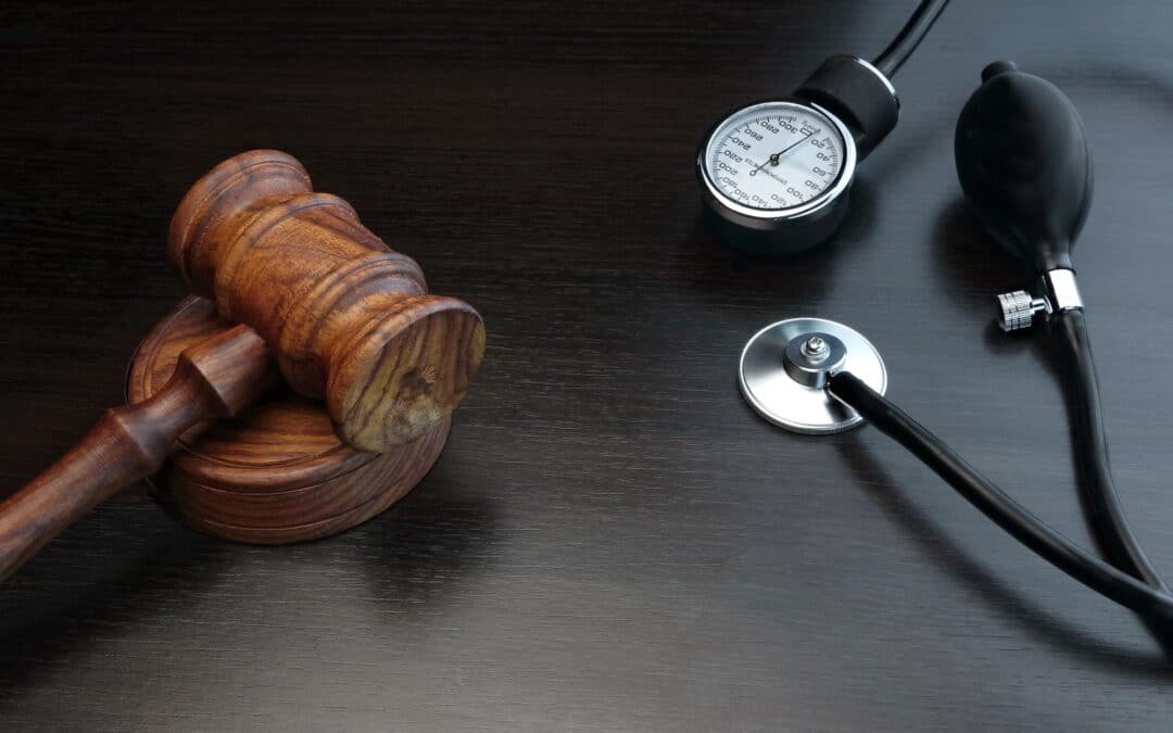 What is Medical Negligence and 7 Signs You Should Contact a Lawyer